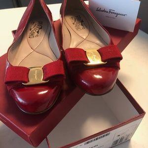 Salvatore Ferragamo Varina Red ballet flats size 5